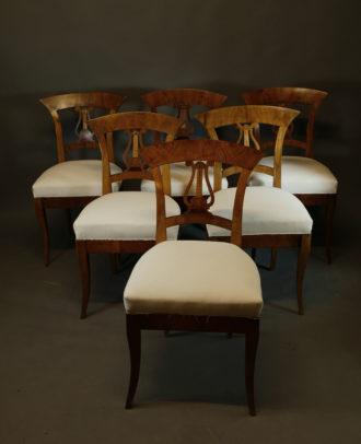 Satz von 6 Biedermeier-Stühlen, um 1825/30