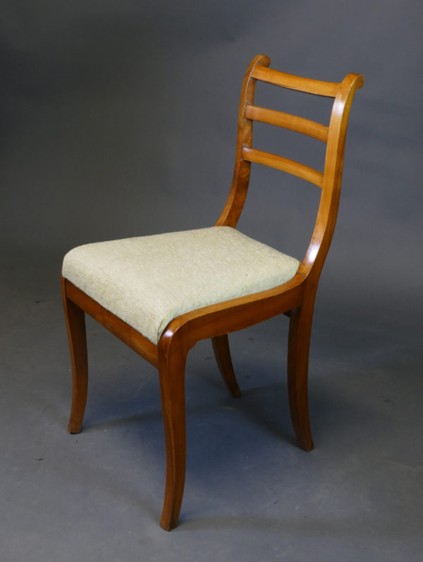 Satz von 4 Beidermeier-Stühlen, um 1820/30