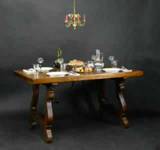 Spanischer Tisch, Ende 18./Anfang 19. Jhdt.