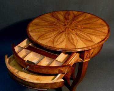 Biedermeier-Tischchen, süddeutsch, um 1825