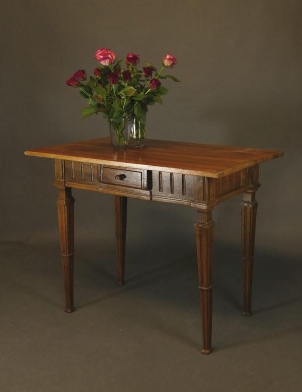 Louis Seize-Tisch, um 1880/90