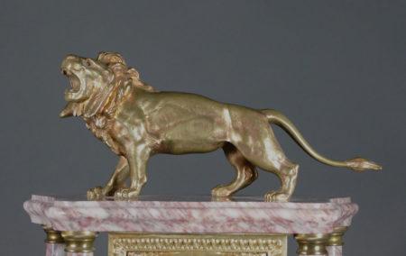 Portaluhr mit Löwe, 2. Hälftte 19. Jhdt.